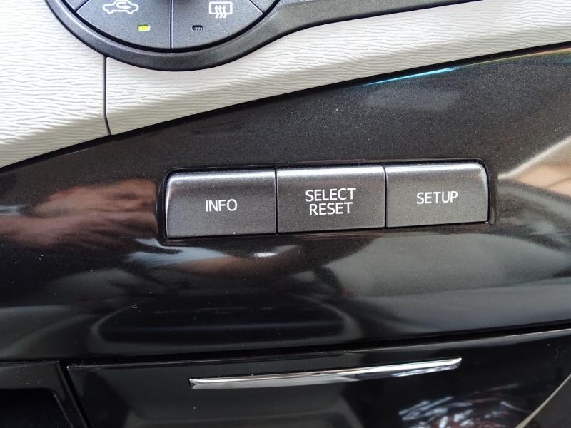 Toyota Sienna 2011 price $18,995