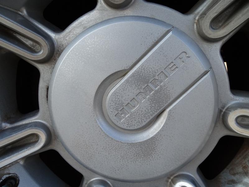 Hummer H2 2005 price $16,995