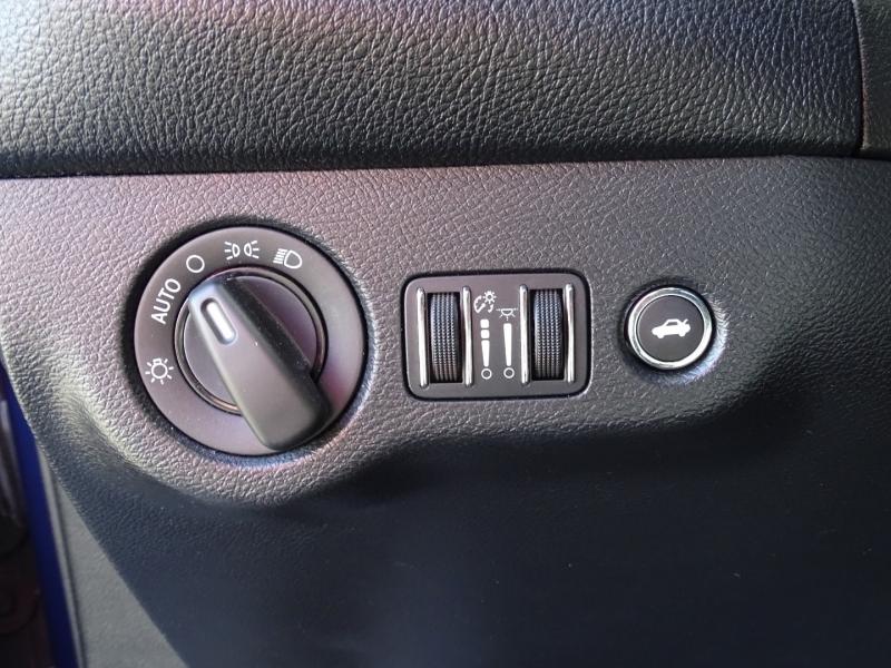 Dodge Challenger 2015 price $17,995