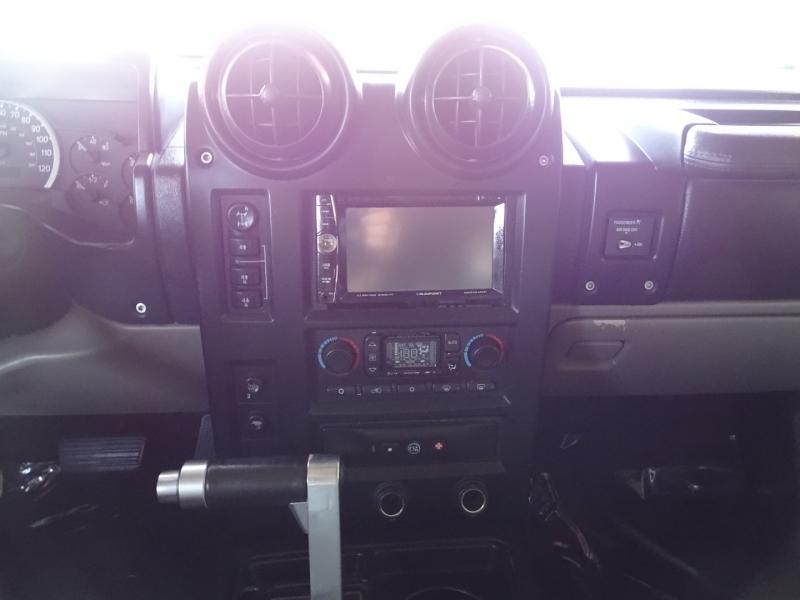 Hummer H2 2005 price $19,995