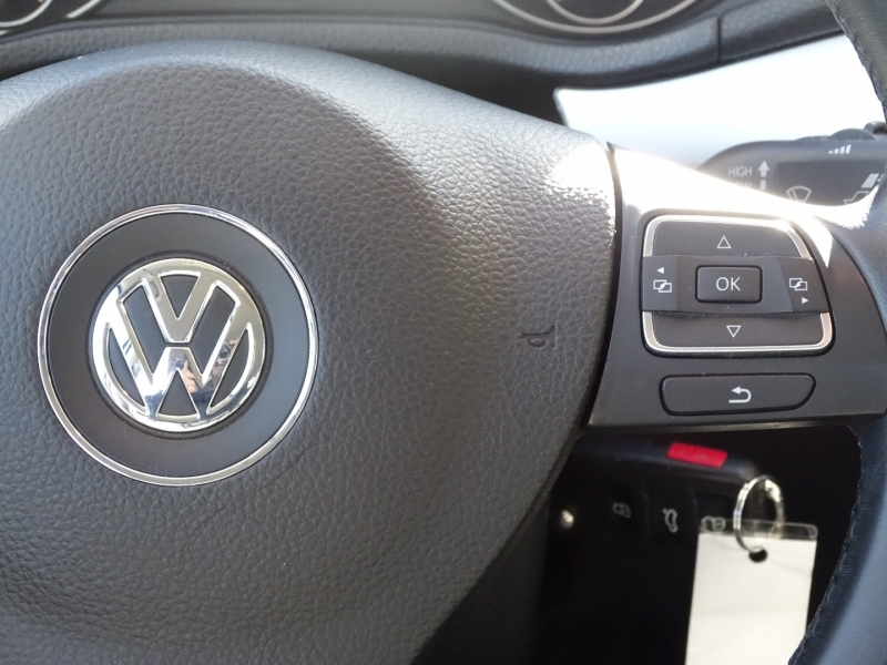 Volkswagen PASSAT 2013 price $9995.00
