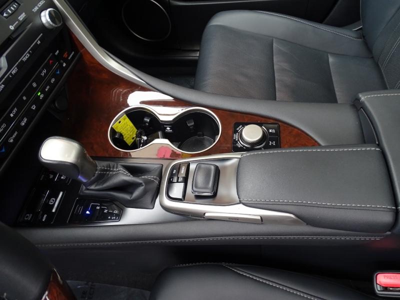 Lexus RX 2017 price $32,995
