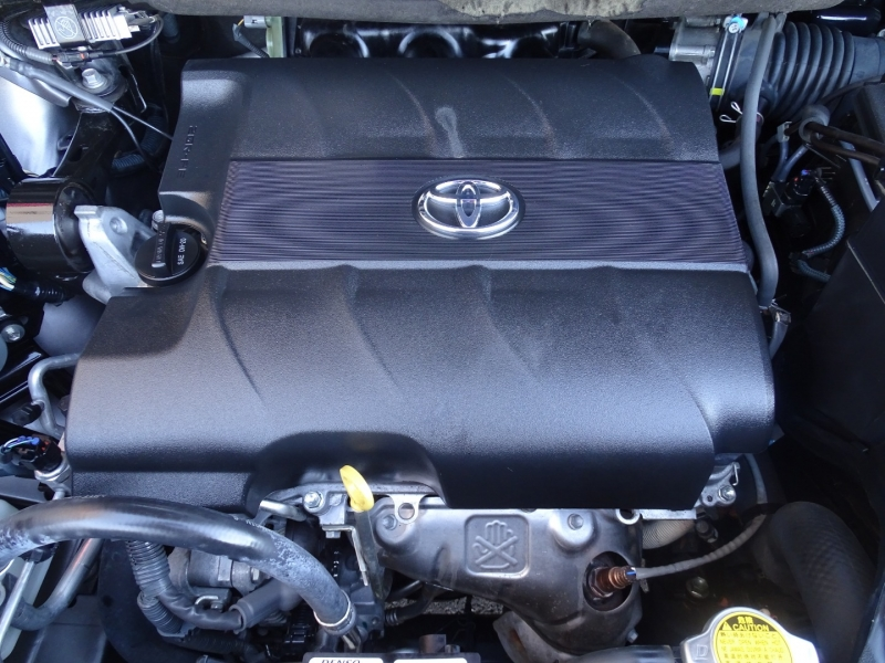 Toyota SIENNA 2013 price Call for Pricing.