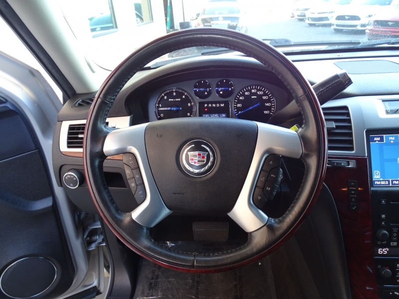 Cadillac Escalade 2008 price $15,995