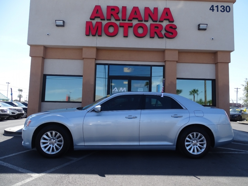 Chrysler 300 2013 price $13,999