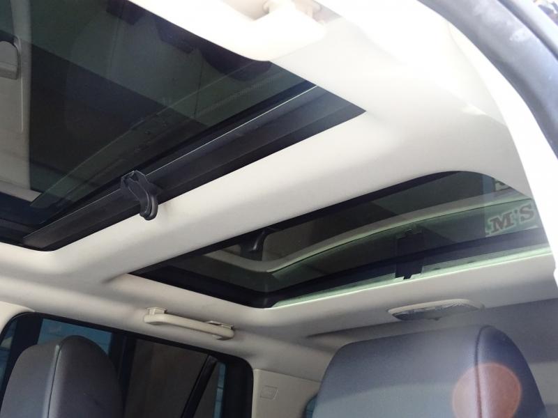 Land Rover LR2 2012 price $13,995