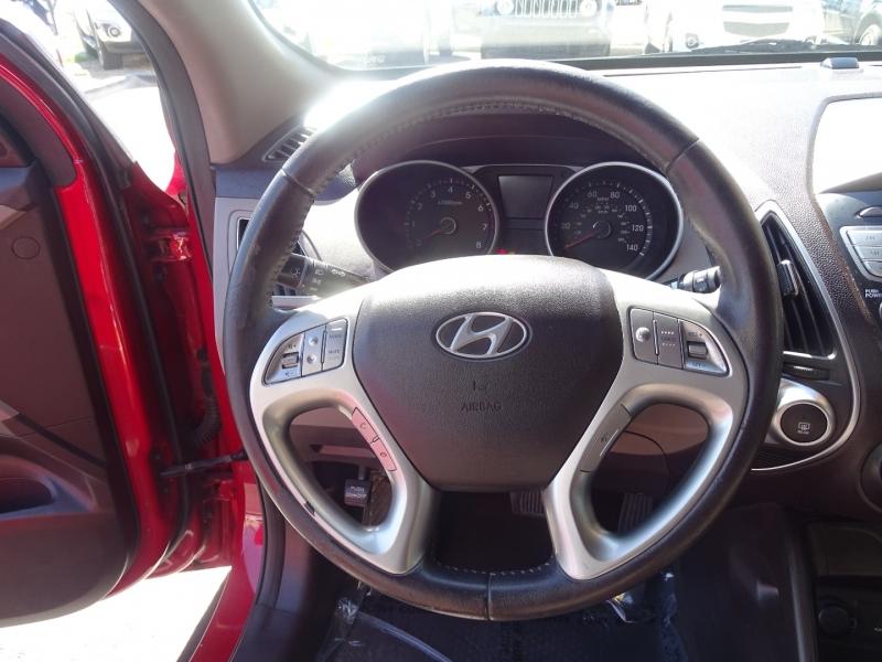 Hyundai Tucson 2012 price $12,995