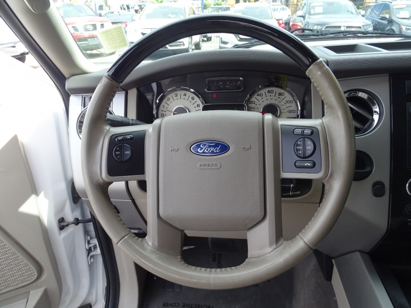 Ford Expedition 2012 price $18,995