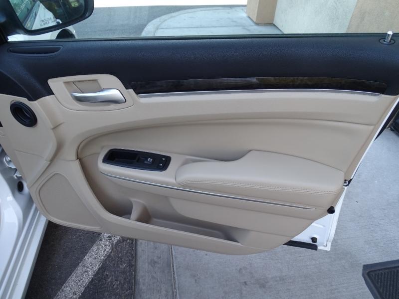 Chrysler 300 2014 price $16,850