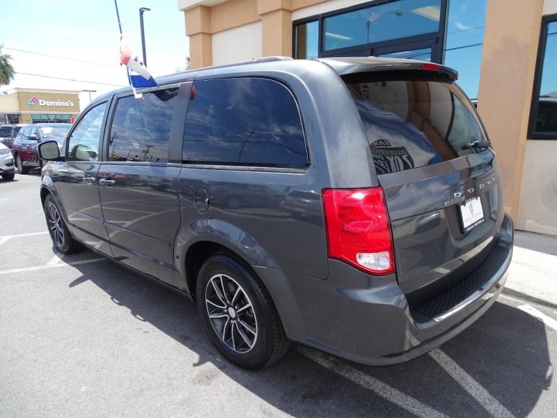 Dodge Grand Caravan 2017 price $14,995