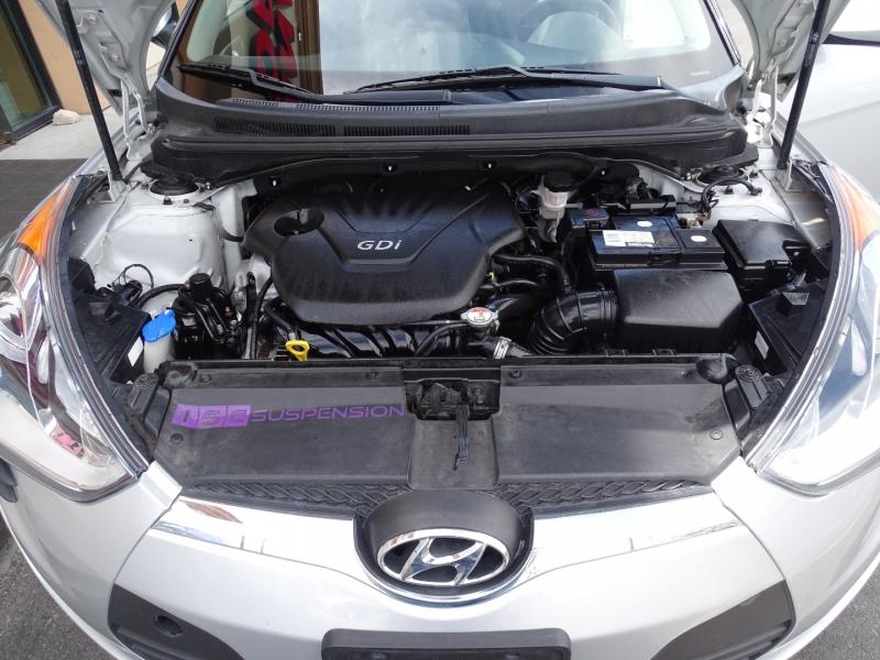 Hyundai Veloster 2015 price $9,995