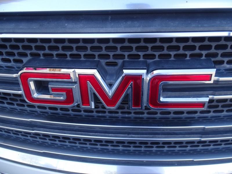 GMC Acadia 2015 price $19,950
