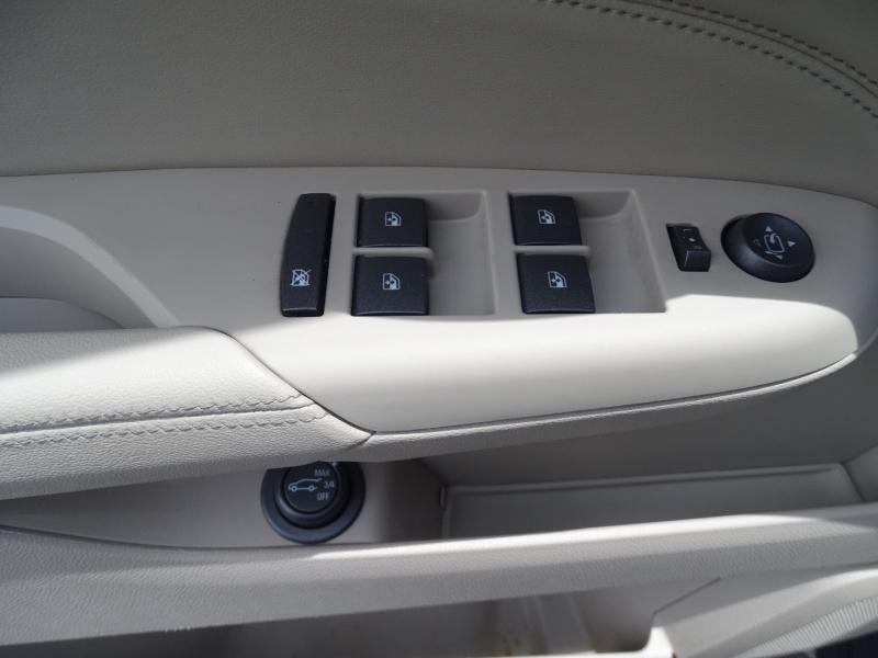 Cadillac SRX 2010 price $11,995