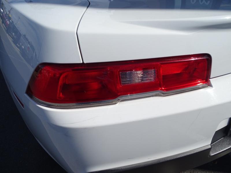 Chevrolet Camaro 2015 price $18,995