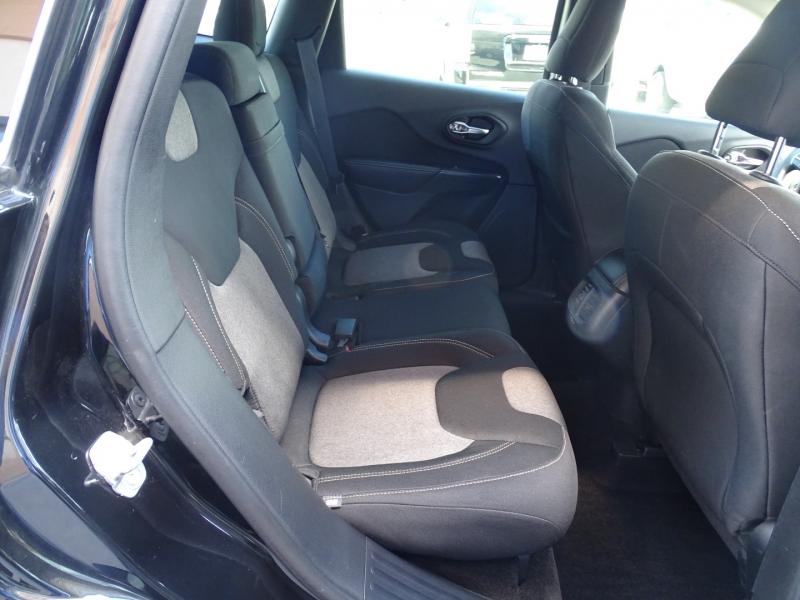 Jeep Cherokee 2014 price $15,995