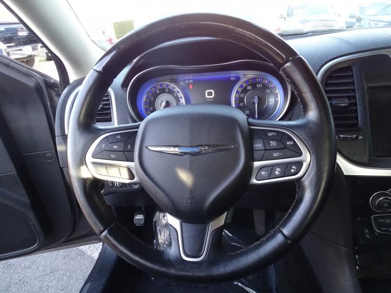 Chrysler 300 2017 price $22995