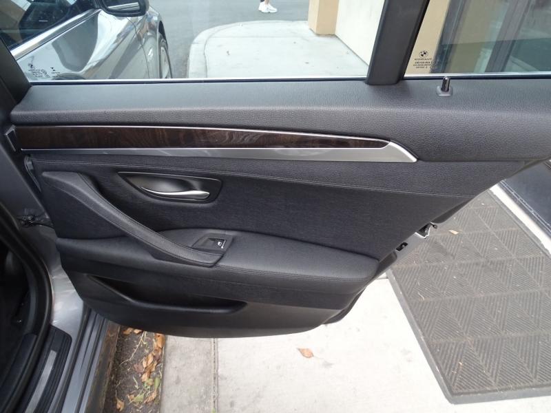 BMW 5-Series 2015 price $21,995