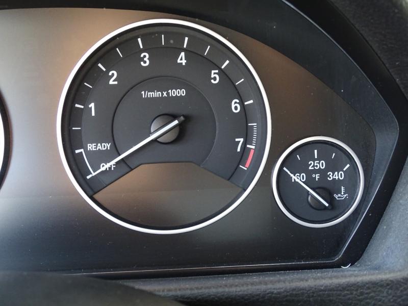 BMW 3-Series 2015 price $16,495