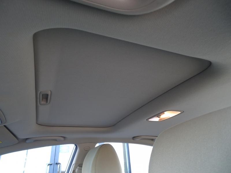 Hyundai Elantra 2010 price $7,995
