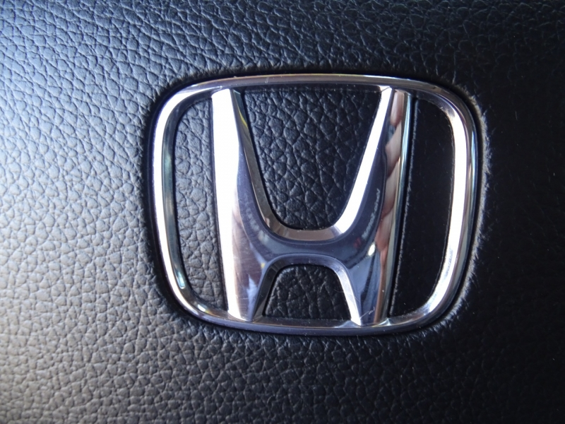 Honda Pilot 2016 price $28,995
