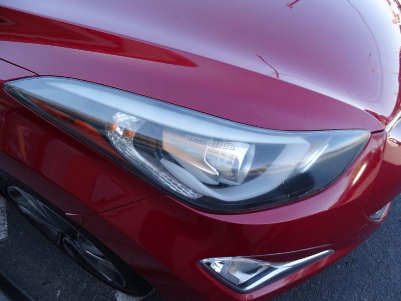 Hyundai Elantra 2016 price $17,995