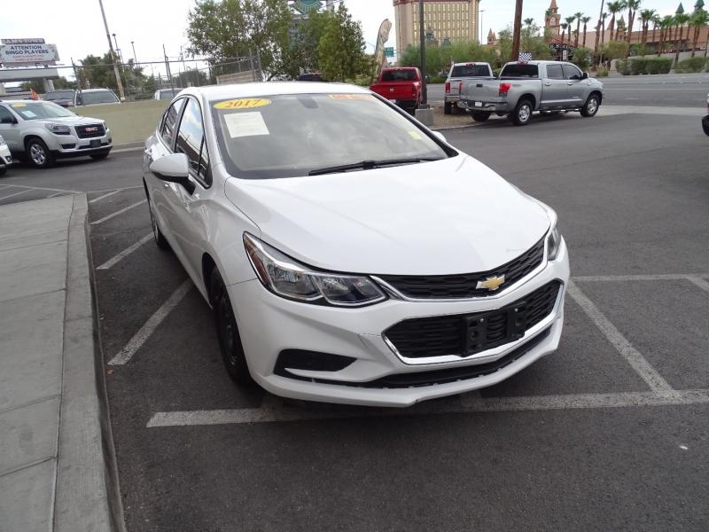 Chevrolet Cruze 2017 price $11,995