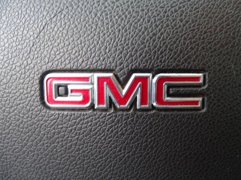 GMC Acadia 2013 price $18,995