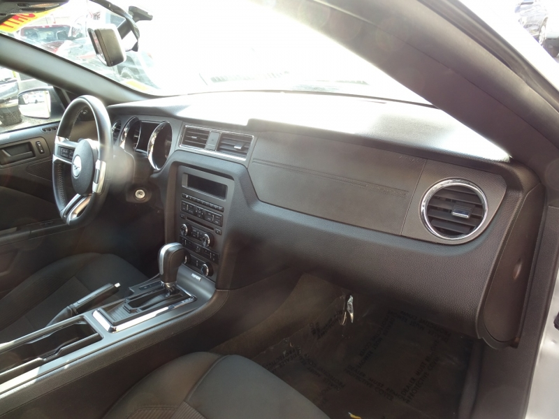 Ford Mustang 2014 price $18,985