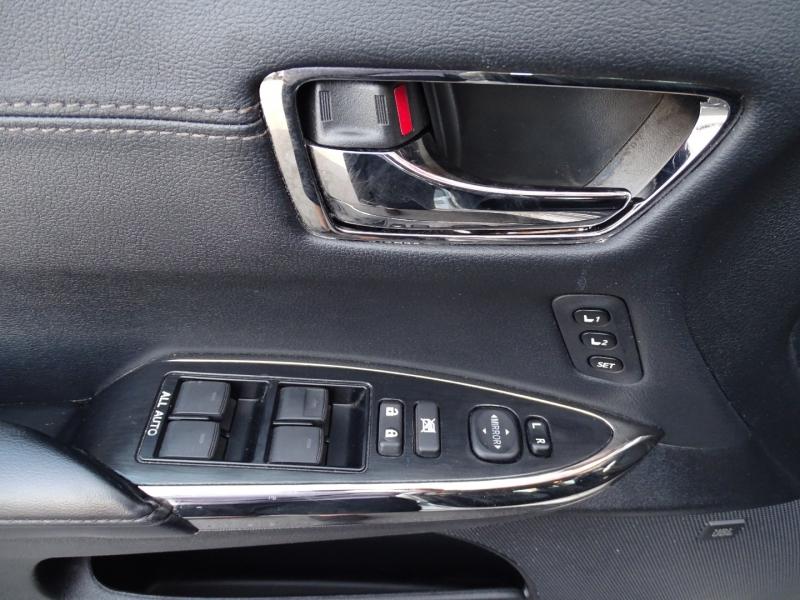 Toyota Avalon 2015 price $20,975