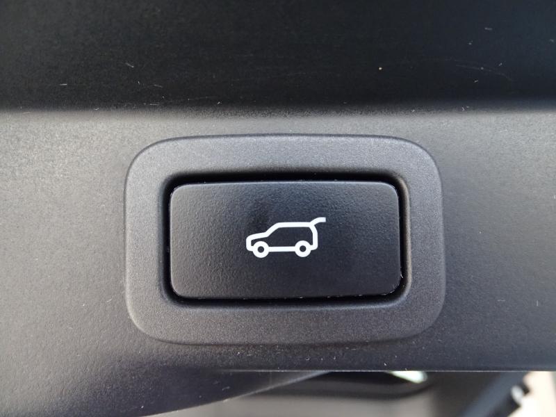 Land Rover Range Rover Sport 2018 price $50,995