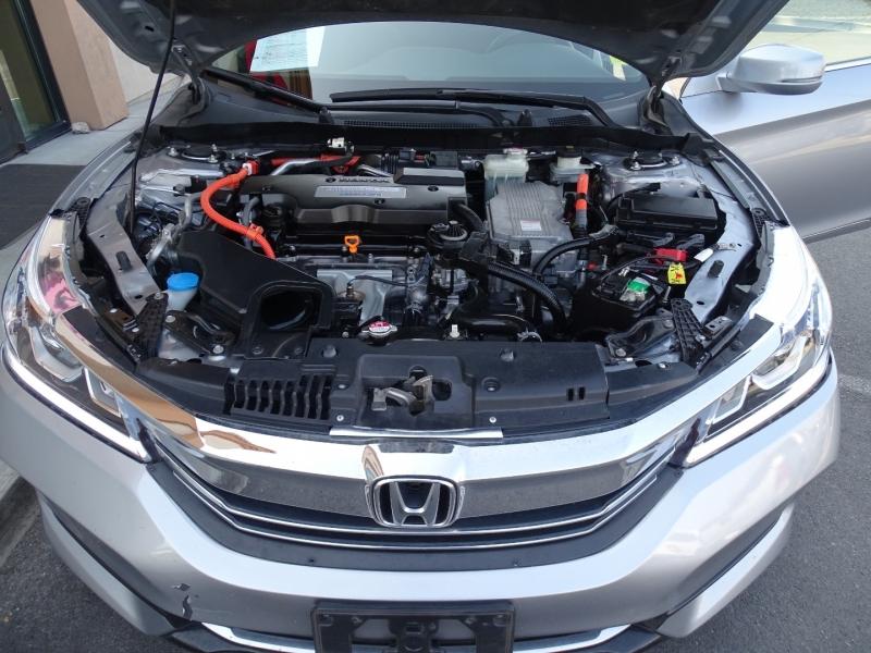 Honda Accord Hybrid 2017 price $13,995