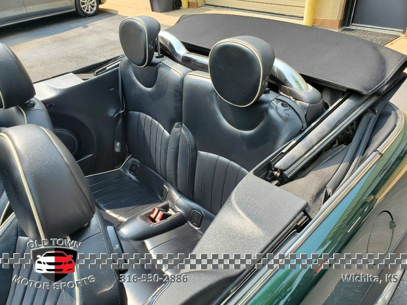 Mini Cooper Convertible 2011 price $7,495