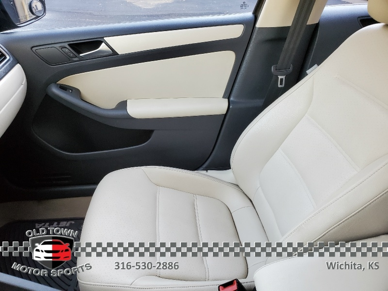 Volkswagen Jetta Sedan 2012 price $6,250