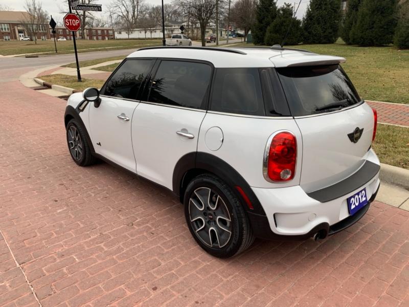 Mini COOPER 2012 price $8,995