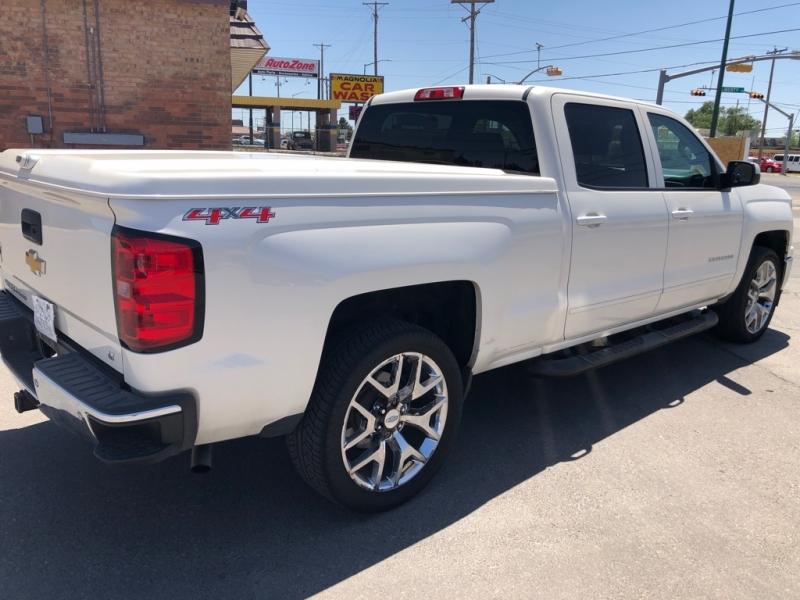 Chevrolet Silverado 1500 4X4 2015 price $17,995