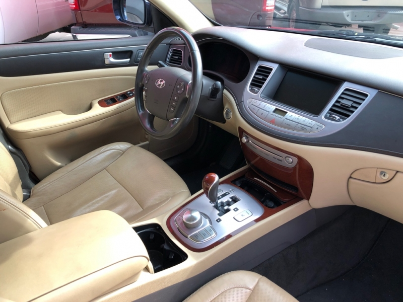 Hyundai Genesis 2012 price $9,995