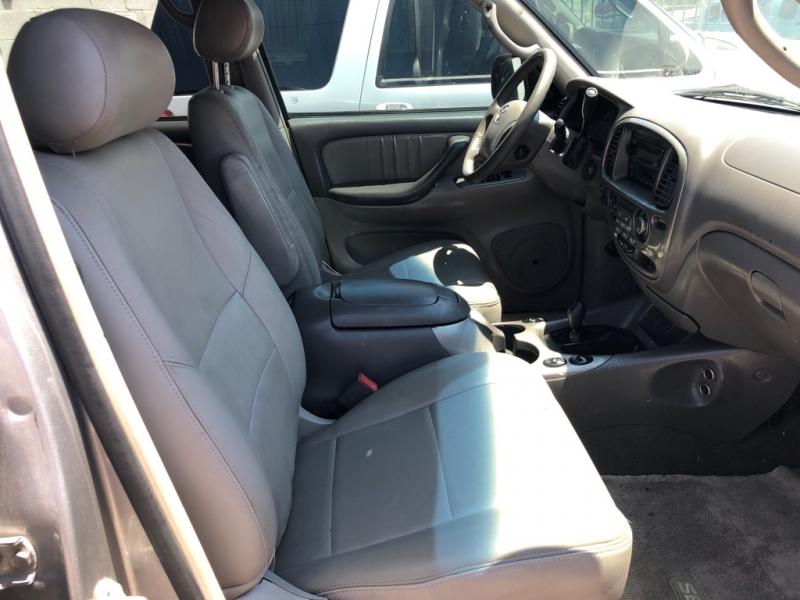 Toyota Sequoia 4x4 2004 price $5,995