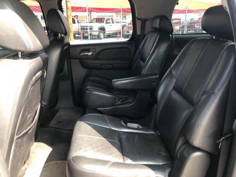 Chevrolet Suburban 4x4 2007 price $8,995