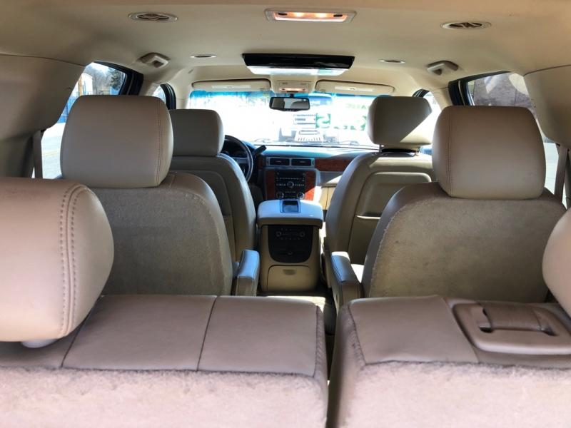 Chevrolet Suburban 2013 price $12,995