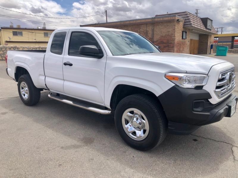 Toyota Tacoma 2018 price $25,995