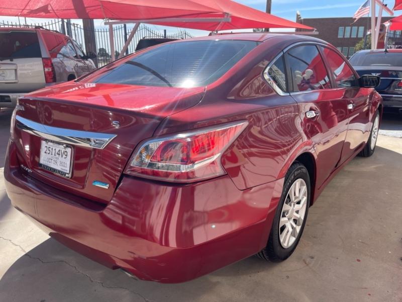 Nissan Altima 2013 price $9,495