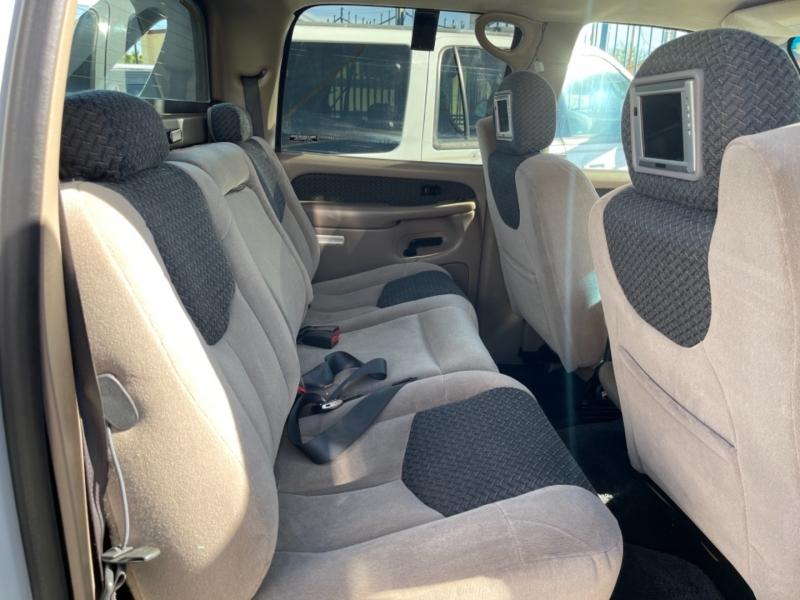Chevrolet Avalanche 4x4 2002 price $9,995