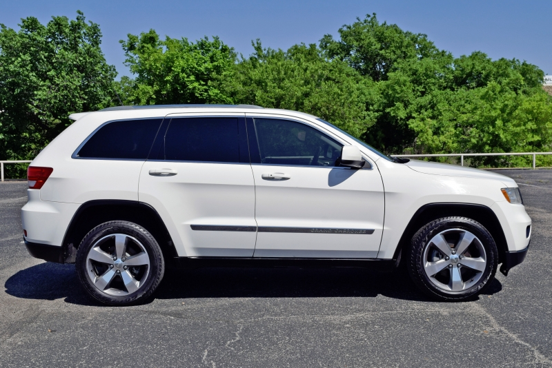 Jeep Grand Cherokee 2012 price $10,900