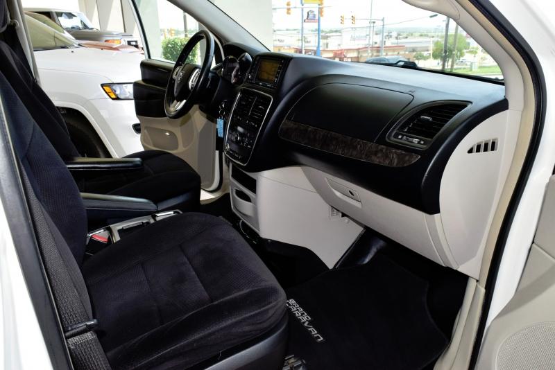 Dodge Grand Caravan 2011 price $8,950
