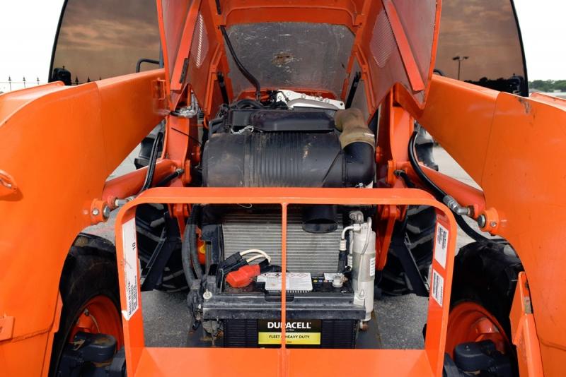 Kubota M8560 Tractor 2012 price $35,500