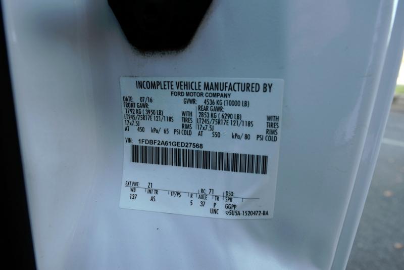 Ford Super Duty F-250 Utility 2016 price $29,900