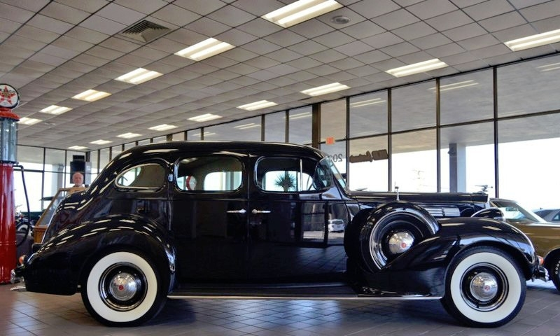 Packard Eight Door Touring 1939 price $59,950