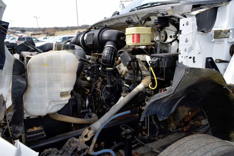Ford Super Duty F-650 Crane Truck 2005 price $26,900