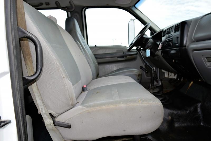 Ford Super Duty F-650 Crane Truck 2008 price $26,900