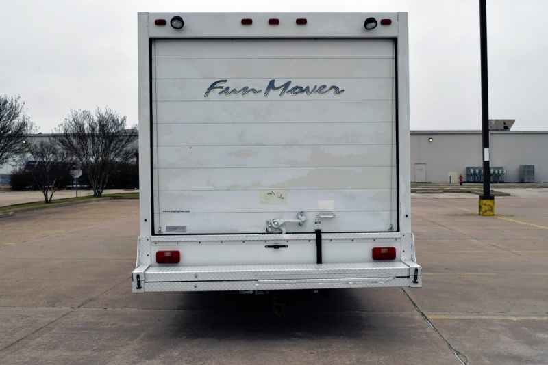 Four Winds Fun Mover 31C 2004 price $18,900